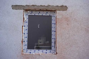 Wanddruchbruch in eine tragende Wand für eine Fensteröffnung